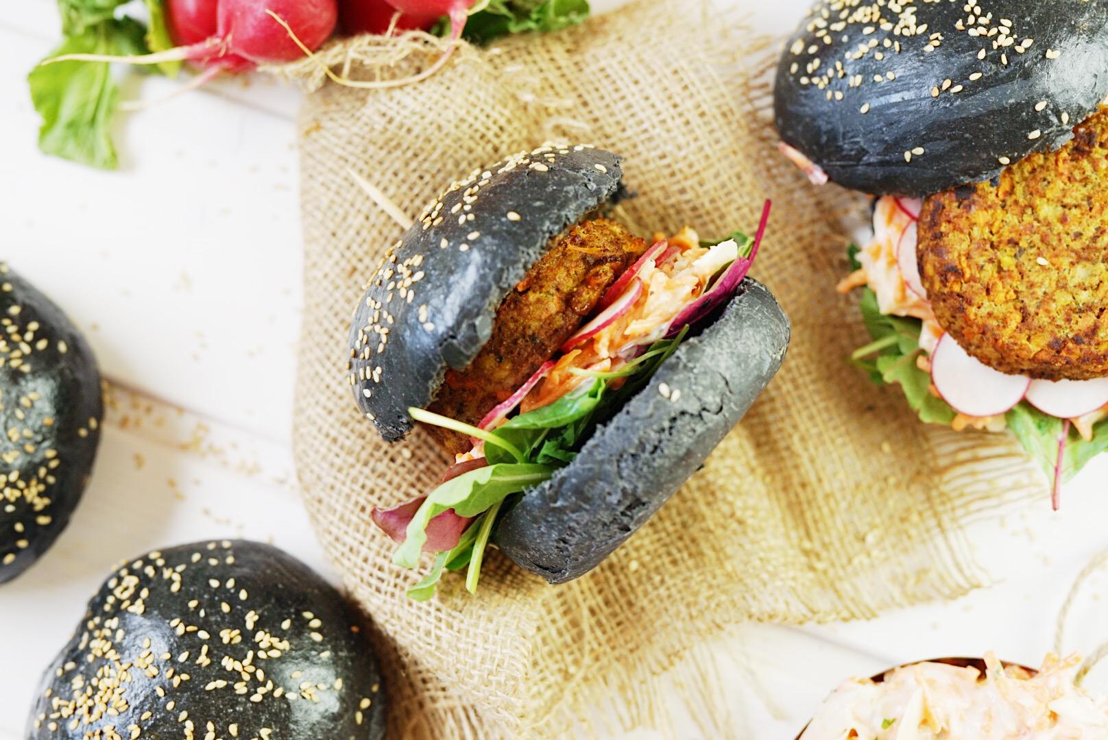 Veggie Black Burger mit Coleslaw| Muskelmacher-Shop
