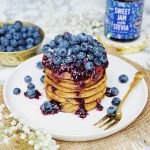Zuckerfreie Pancakes mit Blaubeeren| Muskelmacher-Shop