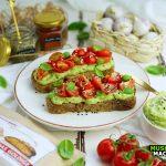Low Carb Brot mit Avocado Dip| Muskelmacher-Shop